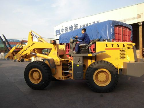 3 tons wheel loader with fork export to Peru